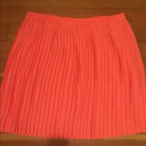 Banana Republic Orange Cream Pleated Skirt